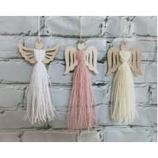 Ангел №8 ( нитки с блесткой), 22*9 см., цвет нитки белый, розовый, молочный.